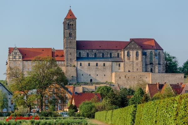 Quedlinburger Stiftskirche mit Schloss St. Servatius