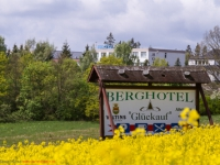 Blick auf das Berghotel Güntersberge