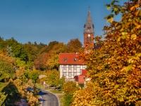 Blick zur Kirche in Friedrichsbrunn Harz
