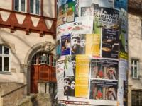 Litfaßsäule in der Weltkulturerbestadt Quedlinburg