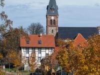 Friedrichsbrunn Blick auf die Kirche im Herbst